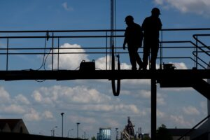 construction worker, workers, working at height-495373.jpg